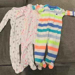 NWOT Bundle of 3 GAP Onesie Pajamas 6-9M
